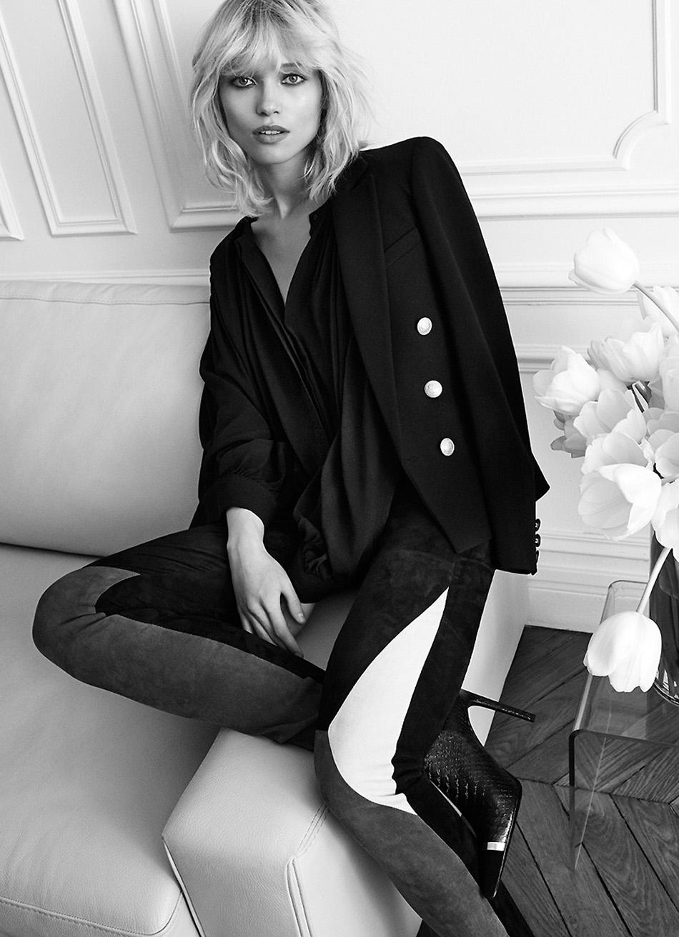 Fashion-Camilla-Akrans-Hana-Jirickova-Oracle-Fox