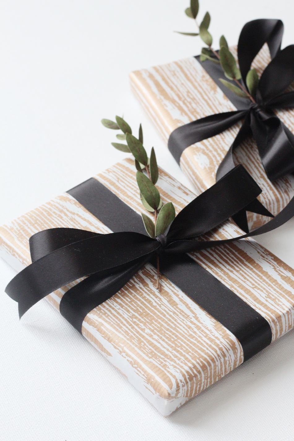 Fringe and Doll Christmas gift wrap idea IMG_9601