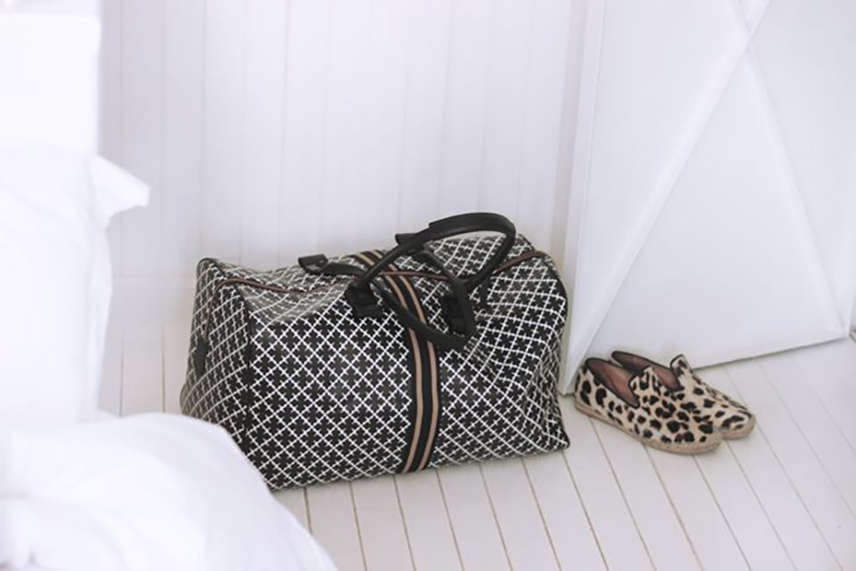 BMB travel print bag