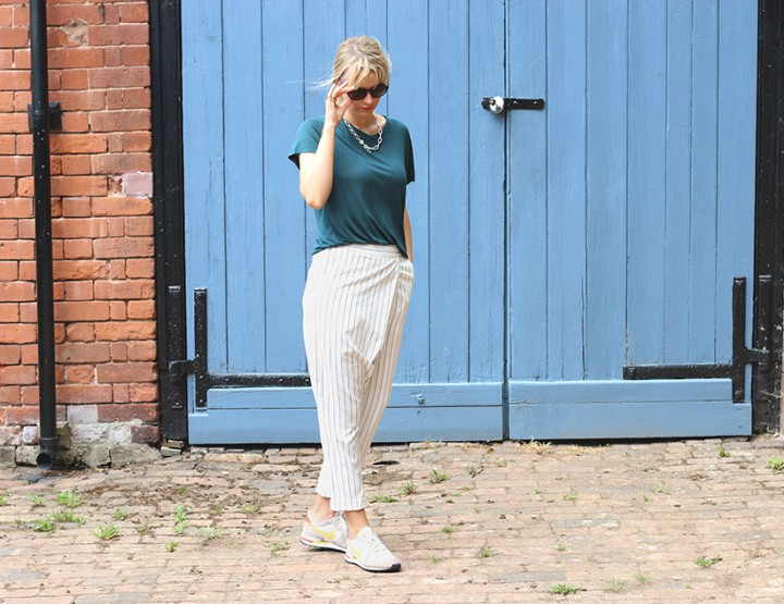 striped trousers look