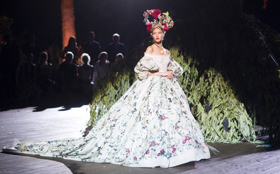 FD Dolce and Gabbana Couture 5 15