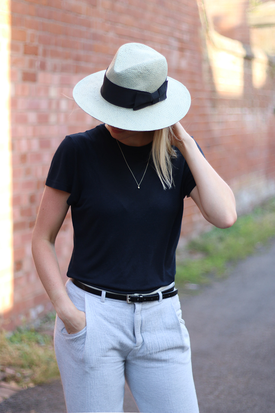 Fringe and Doll Back To basic casual hat look IMG_8090