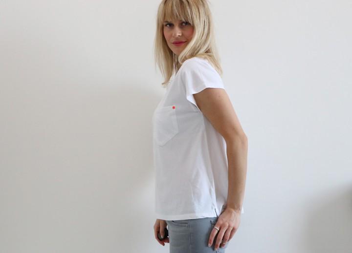 Back To Basic: White on grey