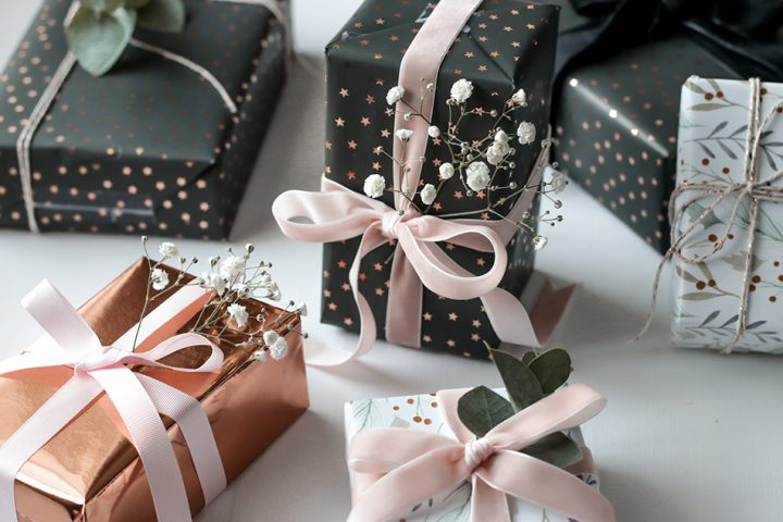 Festive Gift Wrap  | 12 Days of Christmas
